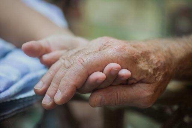 高齢者を敬う文化が根付いているフィリピン